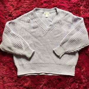 H&M lilac / lavender v-neck knitted sweater